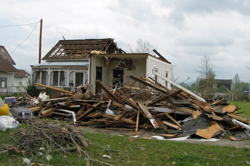 Mena Tornado 2009 35