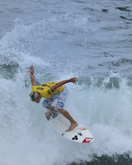Julian Wilson US Open of Surfing 2008 (ScottS101) Tags: california cali surf waves pacific surfer huntington competition quicksilver surfing professional teen blond surfboard pro athletes aussie athlete olas redbull hb wetsuit ola homme jeune competitor surfista julianwilson beachwave huntingtonbeach allrightsreserved