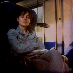 """The Sleeping Beauty in the...Train"" / ""La belle au...train dormant"" (Osvaldo_Zoom) Tags: girl train bravo bella commuters perrault addormentata labelleautraindormant thesleepingbeautyinthetrain"