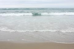la playa (Juan Barra Photography) Tags: chile sky beach water sand agua raw wave playa arena cielo foam nube ola espuma playalarga coud regindelbiobio lebu nocropped provinciadearauco theperfectphotographer dragondaggerphoto dragondaggerawards