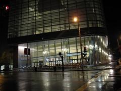 Moscone West at Night (WWDC 2009) (AdamChandler86) Tags: sanfrancisco apple macintosh wwdc 2009 4g rumors iphone mosconecenterwest worldwidedevelopersconference iphone3g