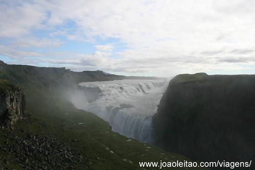 Cascatas de Gullfoss na Islândia