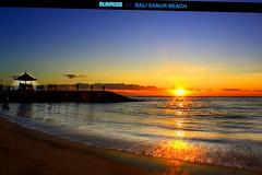 Bali Sanur Beach : HEAVENLY BREATH @ DAWN