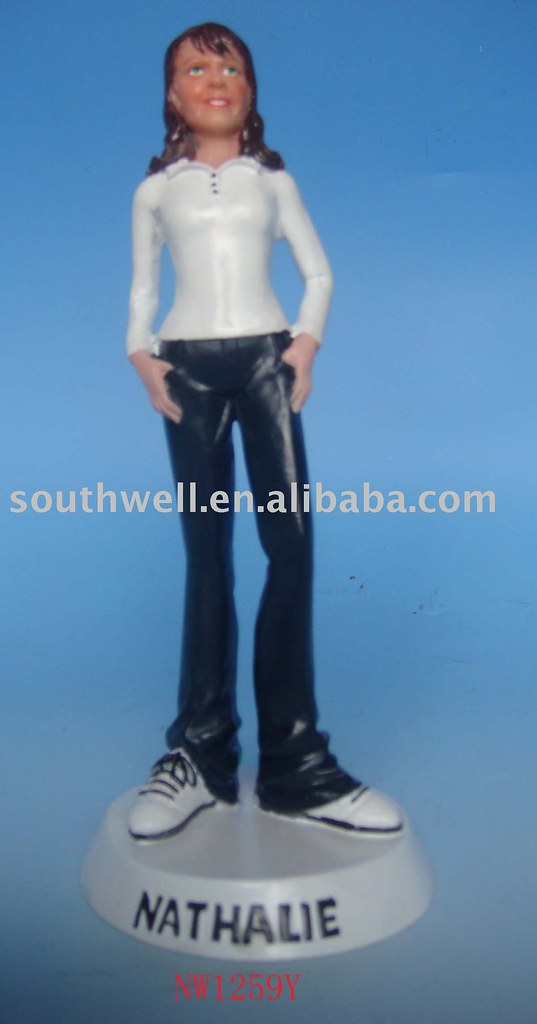 polyresin figure figurine