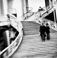 ~ monter ~ going up ~ (Janey Kay) Tags: bw paris stairs square mono steps nb treppe squareformat bp carr escaliers grandpalais monter monumenta formatcarr walkingup may2011 janeykay lensbabycomposer nikond300s mai2011