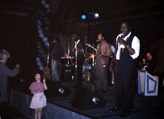 gm_13337 Washington DC, Four Tops 1989 (CanadaGood) Tags: pink party people music usa color colour analog america person evening dc washington districtofcolumbia dancing slidefilm 1989 eighties fourtops seattlefilmworks canadagood slidecube