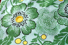 amy butler midwest modern hibiscus green