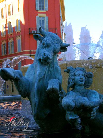 Fountains_Place Massena_3
