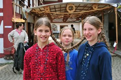 Braid Twins... (Anselm11) Tags: girls hair connected braids rasta haare zöpfchen zöpfe verbunden girlswithbraids