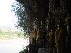 IMG_4137 (tomaszd) Tags: geotagged laos lao louangphabang banpakou geo:lat=2004919333 geo:lon=10221103000