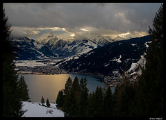 Light of the alps (Dan Wiklund) Tags: winter snow mountains alps landscape austria d200 zellamsee 2008 spruce dri grossglockner zellersee