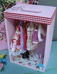 Dressing rose pour mes dolls. 4618518686_867cc7d4fd_m