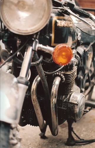 Honda 400 by Vespamore !