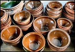 Hampton Court Palace - Terracotta Bowls (garethr1) Tags: brown kitchen terracotta circles palace collection glaze round williamandmary slip hampton hamptoncourt henryviii hamptoncourtpalace henrytheeighth henrytudor wolsey tudorpalace
