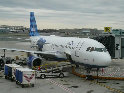 3456578542 c7fc0a8bdf La Aerolínea americana JetBlue busca captar nuevos clientes en Twitter