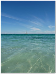 April sun in Cottesloe... (Simon Purdy) Tags: beach australia perth cottesloe westernaustralia cott cottesloebeach