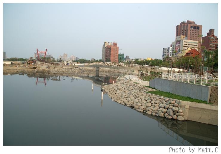 1432755239-2007_0407_愛河之心新建工程