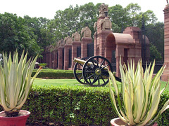 Brass cannon (Roving I) Tags: india bronze cacti design fences elephants weapons newdelhi cannons hedges