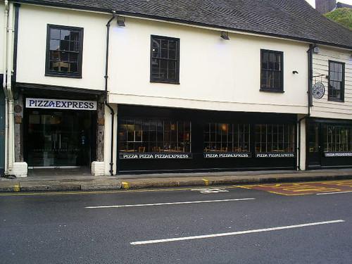 pizza-express-italian-restaurant-portsmouth-road-kingston.jpg