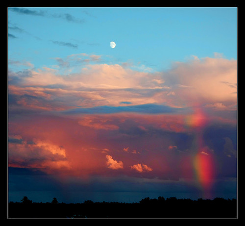 ~ Stormy Sunset Moon-bow ~ <i><b>~ Above the storm,  the moon rises guiding the day into a new night. ~</b>  Happy Thursday all flickr friends and hope your day is going well.  The corporate phone line has been ringing and it