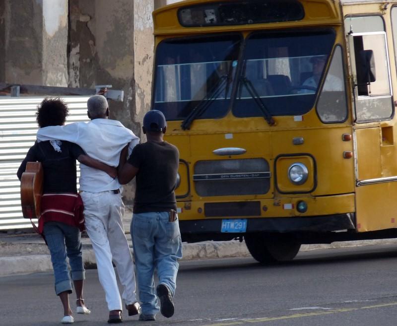 Cuba: fotos del acontecer diario - Página 6 3297047821_6309fba9cb_o