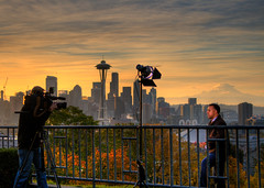 Hey news guy, stop hogging all the scenery! (samirdiwan) Tags: seattle news washington cnn kerrypark 2875 unknownguy abigfave theunforgettablepictures