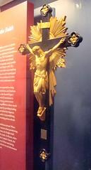 Gilded Crucifix (Svadilfari) Tags: museum gold catholic connecticut jesus ct christian crucifix newhaven gilded knightsofcolumbus kofc conn newhavenct newhavenconnecticut knightsofcolumbusmuseum newhavenconn massachusettsstatecouncil