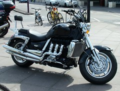 Triumph Rocket III (kenjonbro) Tags: black chrome triumph rocket 2008 hinkley rocketiii rocket3 2300cc