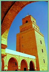 MOSCHEA DI KAIROUAN - PARTICOLARE (Loris_l@_r@na) Tags: holiday torre tunisia blu cielo bologna 2008 vacanza kairouan moschea lorisphoto