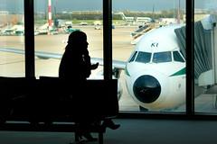 silueta en el aeropuerto (anabel LIA) Tags: travel airport italia aeroporto explore aeropuerto viaggio viajar fiumicinoroma