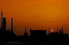 (uis) Tags: sunset silhouette canon iso100 1800 manual refinery f50 24105mm 50d raslaffan qatargas alkubaisi indudtrialcity