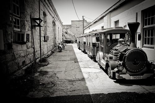 Alley Train