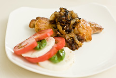 Chicken al mattone with caramelized onion