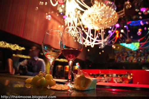 Moment de Finesse - Wine Tasting