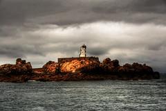 Phare de Paon. le de Braht / Far de Paon. Illa de Braht (jmsera) Tags: france bretagne far phare hdr bretanya francelandscapes