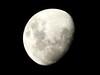 (Jessica Ricci) Tags: moon lune nightshot luna noturna lua improvisedtripod 10millionphotos tripéimprovisado 5deabrilde2009 5avril2009