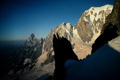 Monte Bianco e Aiguille Blanche de Peuterey all'alba