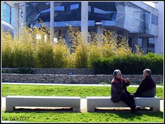 Lisboa - Parque das Naes (Lourdes Cristina) Tags: old portugal lisboa lisbon candid age gossip parquedasnaes idoso twoofakind fofoca senhoras yourock1st yourock1stplace