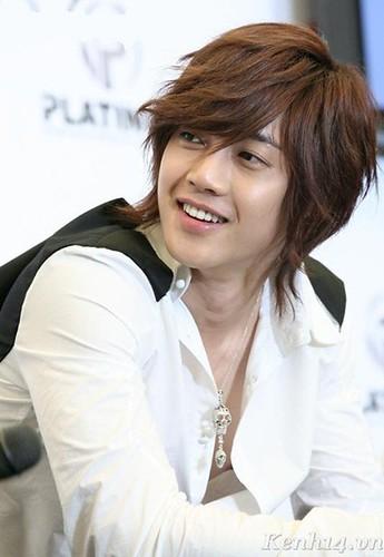 kim hyun joong wallpaper. Kim Hyun Joong x