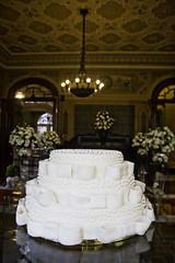 Marcela-Marco-0006 (AleBorges) Tags: sãopaulo bolo decoração sopaulo fotografiadecasamento decorao 07022009 buffetmanaus mansohasbaya marcelaemarco mansãohasbaya