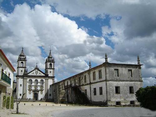 mosteiro de rendufe, por: j.braga  in: panoramio