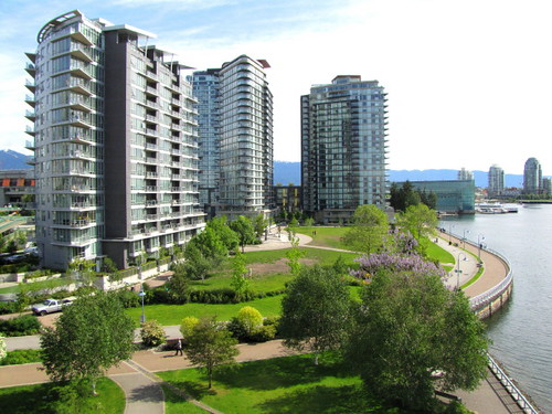 Falsecreek northshore high-rise apartments and seawall