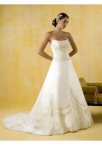 wedding gown 2010