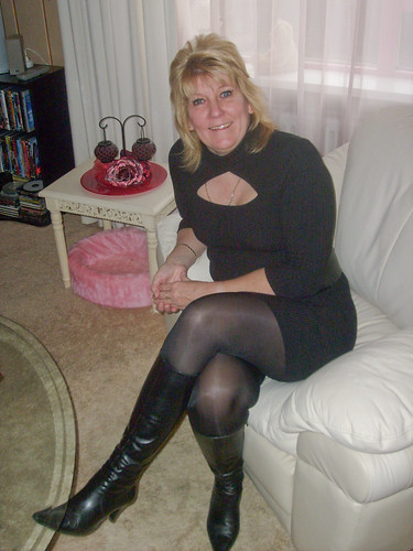 Matures In Boots Pics