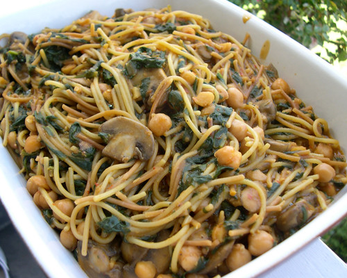 ... Vegan Mouse: Harissa Spaghetti with Spinach, Mushrooms and Chickpeas