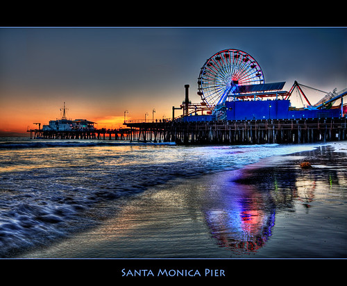 Santa Monica Pier by szeke (busy).