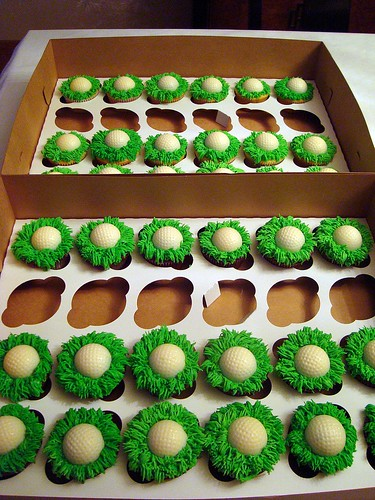 Cupcake Obsessed 60th Birthday Golf Cupcakes