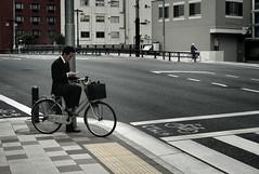 Tokyo 1558 (tokyoform) Tags: street city people urban bicycle japan businessman 350d japanese tokyo calle asia tquio   japo rue japon salaryman tokio   japn    japonya   nhtbn strase jongkind         chrisjongkind  tokyoform