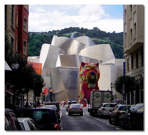 Museo Guggenheim, Bilbao, Spain, by jmhdezhdez