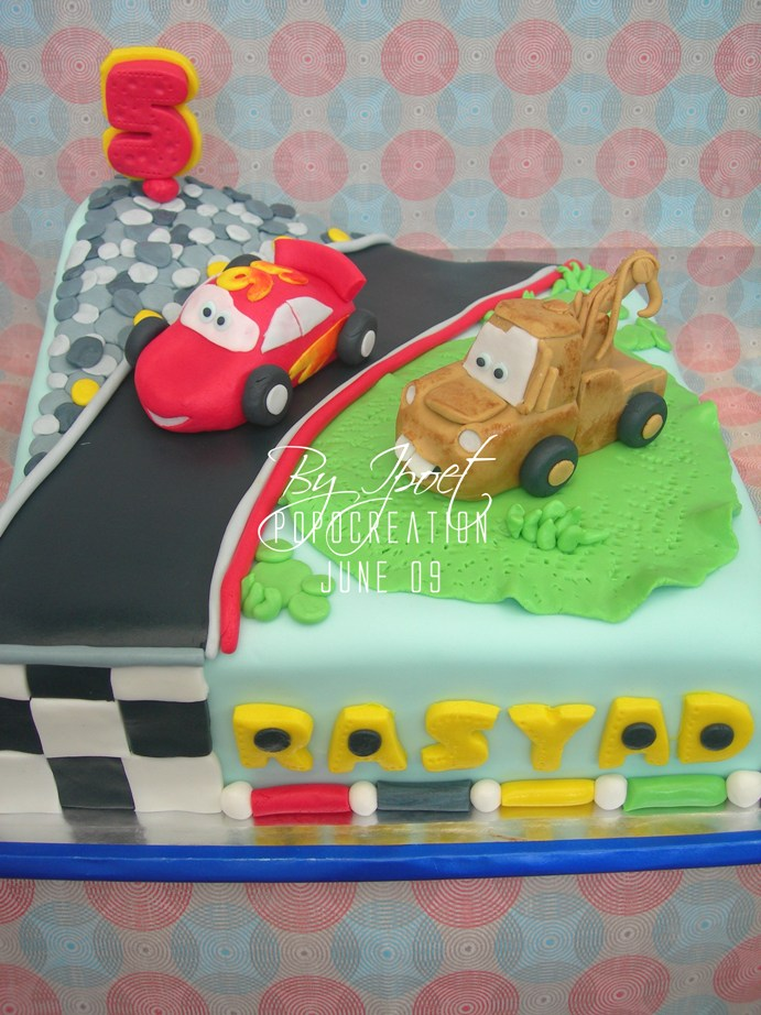 McQueen with Mater Cake